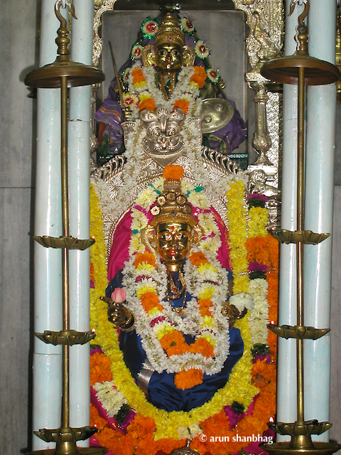 pics of Devi Shanteri at the Ramnath Devasthan, Ponda, Goa by Arun Shanbhag
