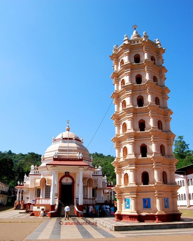 Photo of the Mangeshi Temple Goa by Arun Shanbhag
