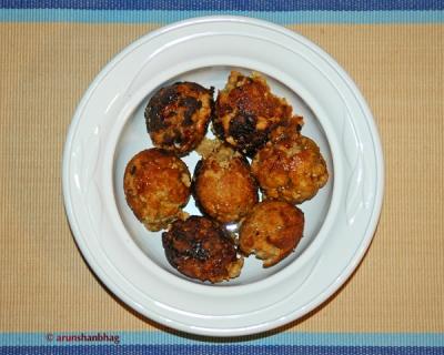 pics of goad appams Konkani recipes by Arun Shanbhag