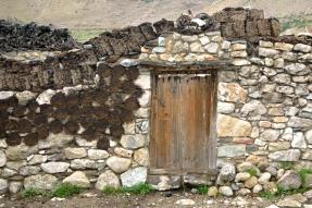 photo of a Tibetan home by Arun Shanbhag
