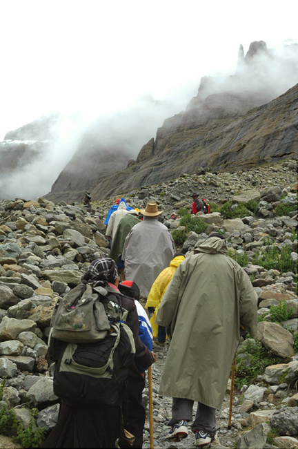 pics of hiking on the Parikrama around Kailash Yatra by Arun Shanbhag