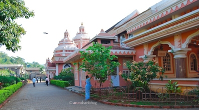 photos of Mahalakshmi Temple in Goa by Arun Shanbhag