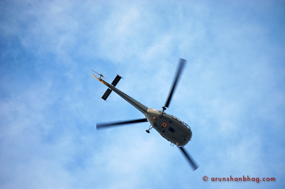 Chopper enroute to the Nariman House to drop off Commandos by Arun Shanbhag