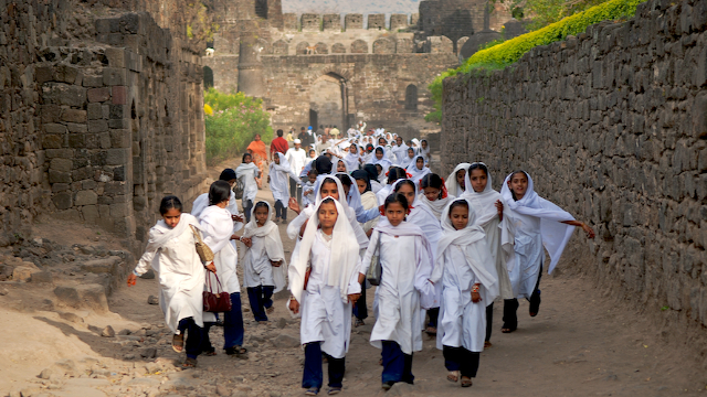 pics of School Girls with head scarves at the Daulatabad Fort, Deogiri India by Arun Shanbhag""