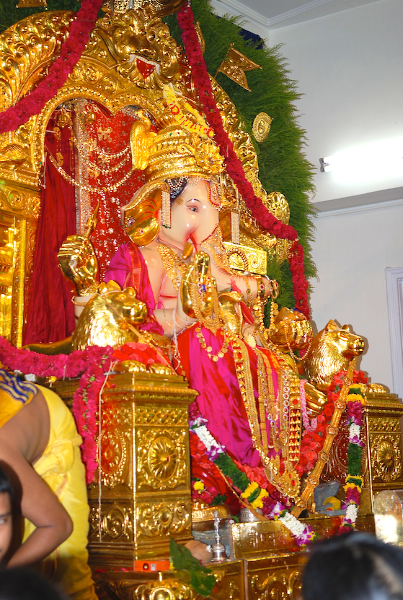 Ganapati at GSB Wadala by Arun Shanbhag 2011
