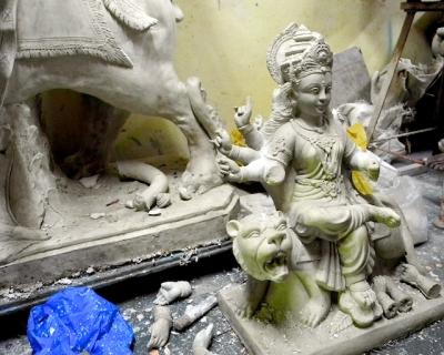 Durga Devi preparation, Mumbai 2011 by Arun Shanbhag