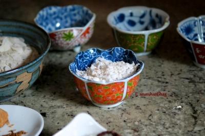Pics how to make Tambdo Phovu poha, red flattened rice by Arun Shanbhag