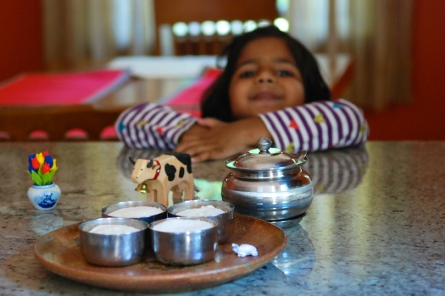 pictures of Idli steamed in steel bowls by Arun Shanbhag