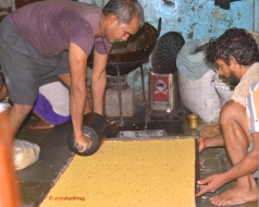 Pictures of making Chikki in Mumbai by Arun Shanbhag