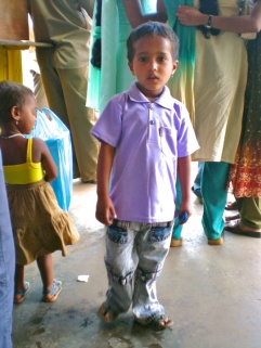pics of kids at Bus stand Bhatkal Karnataka by Arun Shanbhag