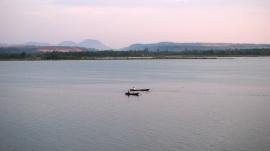 Photos of fishermen on the Sharavati at the Honavar Bunder by Arun Shanbhag