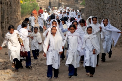 muslim school girls with veils in Daulatabad Arun Shanbhag